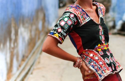 .Ethnic Blouses, Boho Chic, Fashion, Embroidered Gypsy, Gypsy Blouses, Ali Mcgraw, Bohemian, Rajasthani Embroidered, Blouses Front