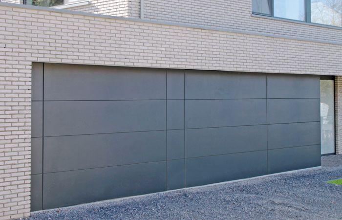PUMA LINE STX - Twee garagepoorten met vaste panelen - RAL 7021 structuur