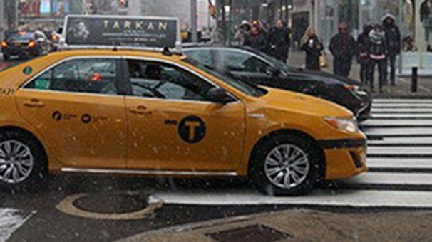 New York sokaklarında Tarkan'ın Afişleri!