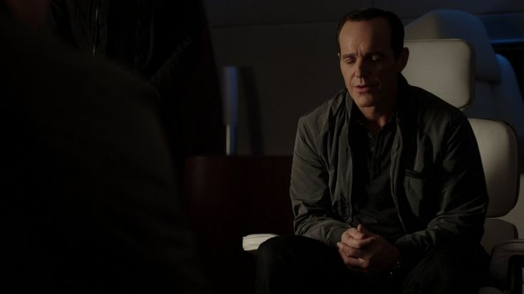 Phil Coulson || AOS 1x12 Seeds || 736px × 414px || #screencap