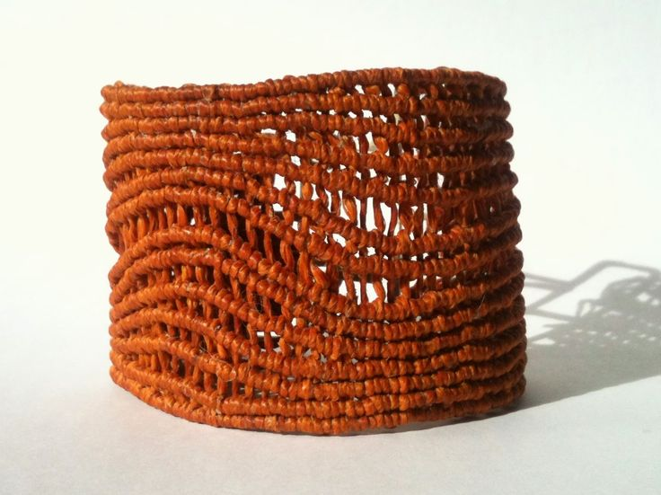kz 4, Wave Brown Macrame Cuff