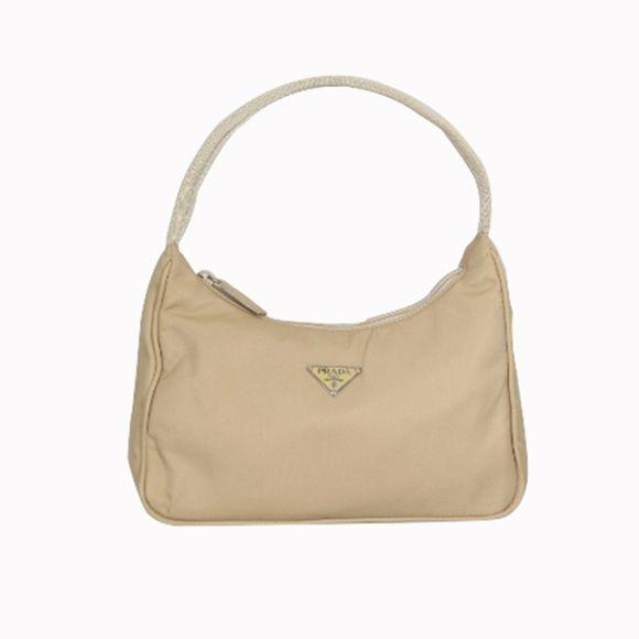 c6de8177f Prada MV515 Color: Cammello Prada MV515 Color: Cammello This Prada bag is  really special