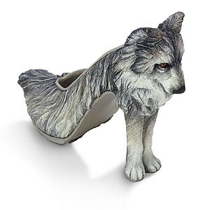 High Heels Wow Shoes Crazy, Wolf Shoes, Fashion, Crazy Shoes, Unusual Shoes, Unique Shoes, Weird Shoes, Wolves, Wear