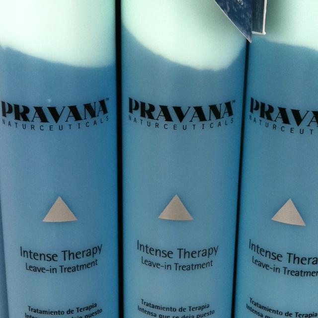 El mejor acondicionador/protector de cabello y color que no se enjuaga: www.pravanamexico.com