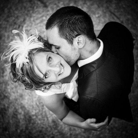 Coucou les brides :-* voici ma sélection des plus belles photos de mariage ! A reproduire le jour J Allez-vous faire vos photos de couple, avant, pendant ou après le mariage ?
