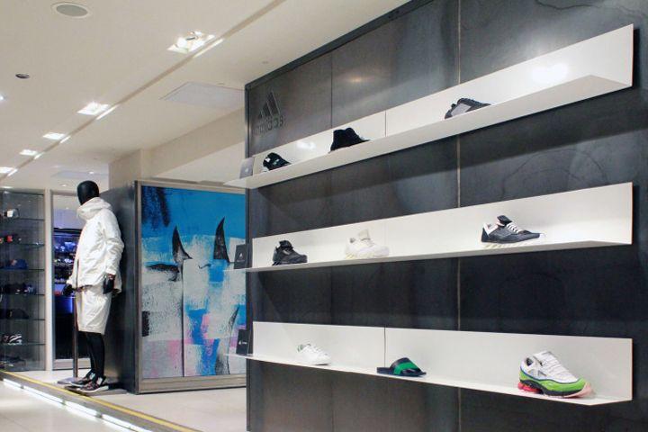 Адидас всплывающие визуальные эффекты в Харви Николс студией серебре (xag), Лондон – Великобритания » Ритейл дизайн блога