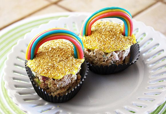 Rainbow Pots o' GoldHoliday, Fun Food, Fun Baking, Baking Ideas, Irish, Charms Rainbows, Pinch Pots, Dead Desserts, Rainbows Pots Of Gold