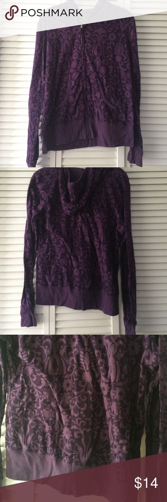Forever 21 purple zip hoodie Zip up hoodie with pretty print. Forever 21 Sweaters