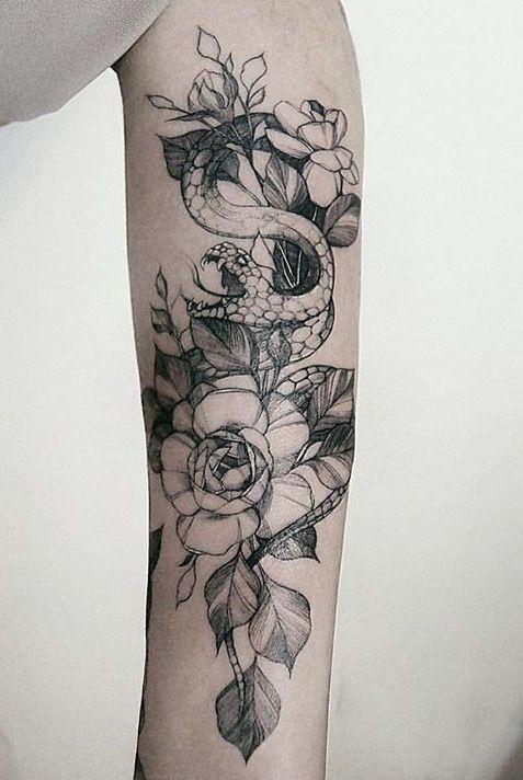 25 sch ne schlange tattoo ideen auf pinterest wei e tattoos wei e t towierungen und hand tattoos. Black Bedroom Furniture Sets. Home Design Ideas