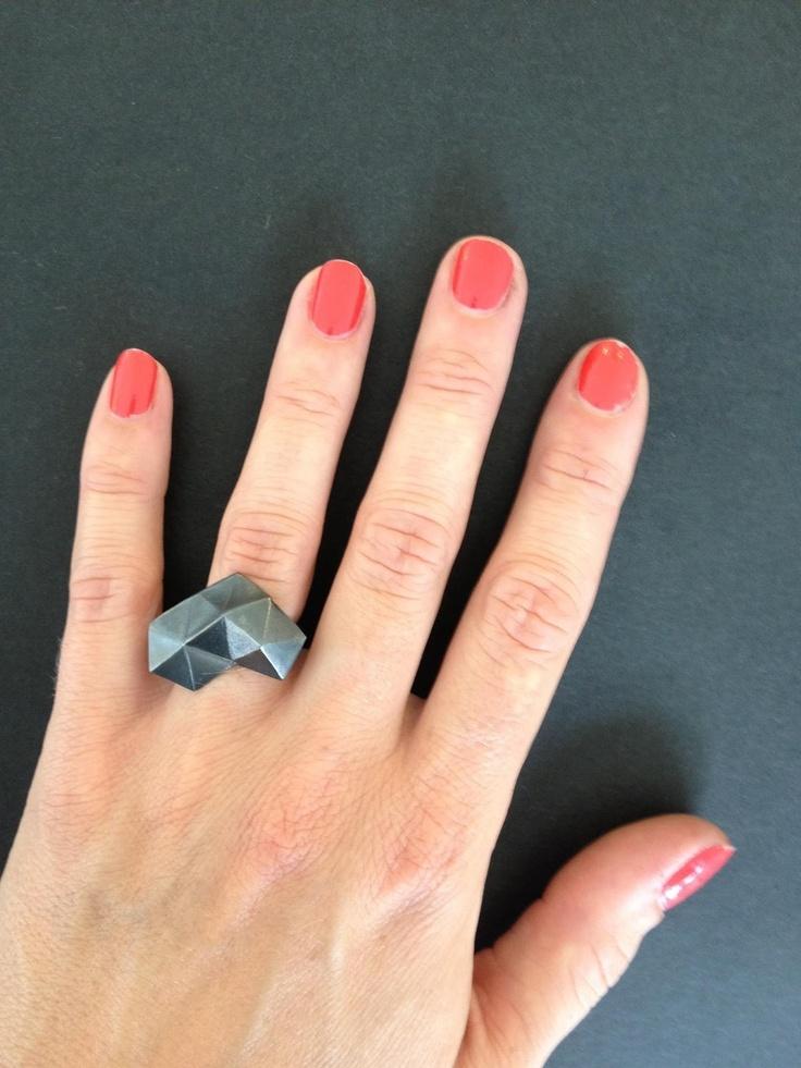 TrianguleRING oxidised silver