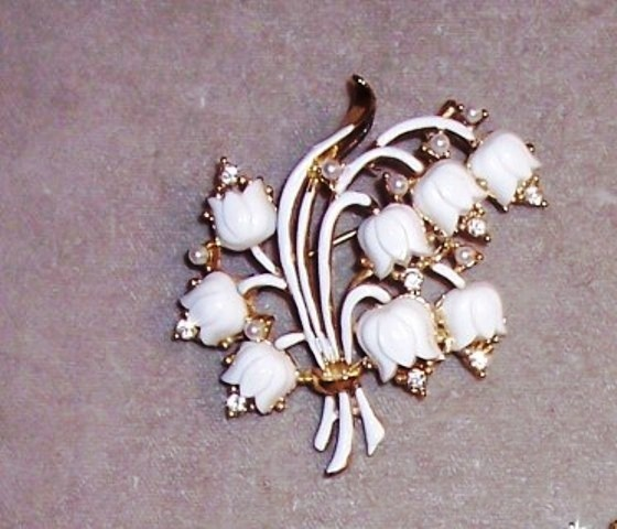 CORO LILY OF THE VALLEY Pin  signed CORO