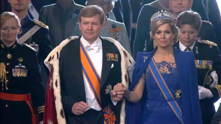 Willem-Alexander is de koning van Nederland. Maar een koning hoort toch een kroon te dragen? Dat doet onze koning niet. Is hij dan wel een echte koning?