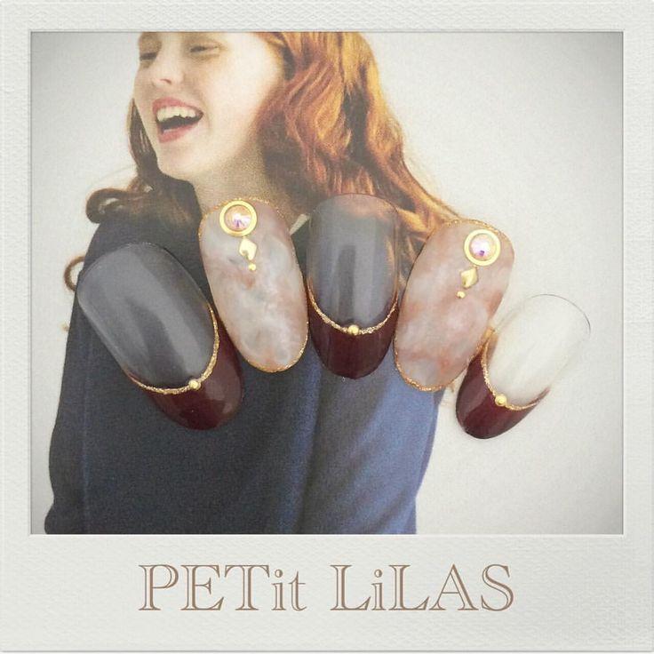 NEWサンプル♡ ボルドーと大理石のようなアートを合わせて✨ 表参道 原宿のPrivatenail PETit LiLAS プティリラ ご予約はmail nail.lilas@gmail.comお問い合わせ下さい♡