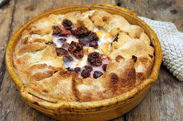 Harvest Tart with apples, figs, walnuts and grapes with crème ...