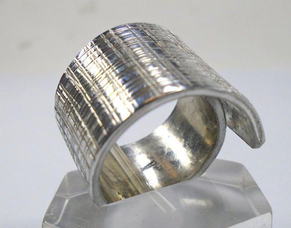 Anello a fascia regolabile di alluminio con di 13AlGioielli