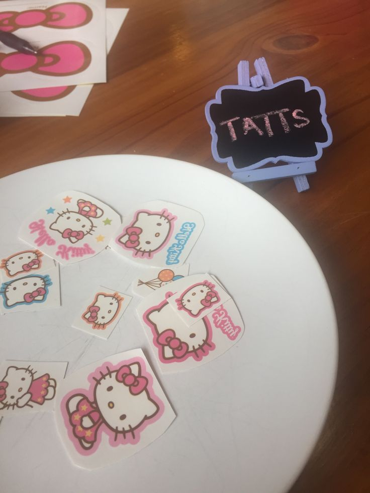 Hello Kitty Party Tattoo station