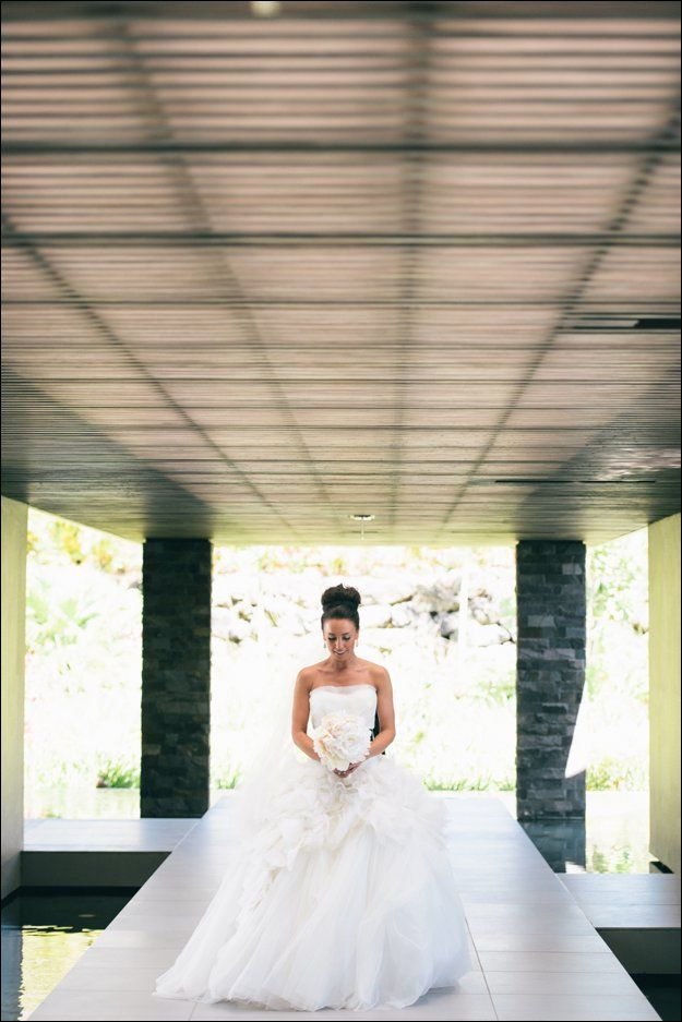 Anni looking absolutely stunning in her Vera Wang gown at her Intercontinental Fiji wedding