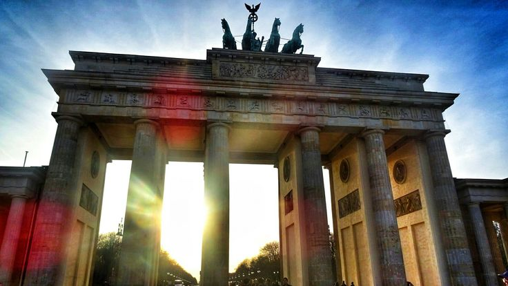 #BerlinTor#Germany#Berliner#traveltheworld#discovertheworld#alwaysontour#lovephotograghy#picoftheday#2017trips