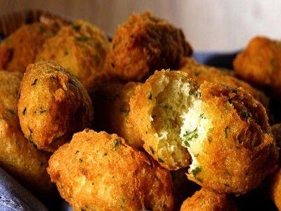 #food Ricetta Bolinho de Bacalhau Leggi il mio post su www.ideapesce.it/ricetta/bolinho-de-bacalhau