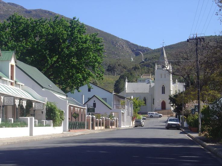 Another one of my winter destinations for 2015 is Montagu.. I have been there a few times before. And always rest out in the small peaceful town by a fire in the evening with a glass of wine.