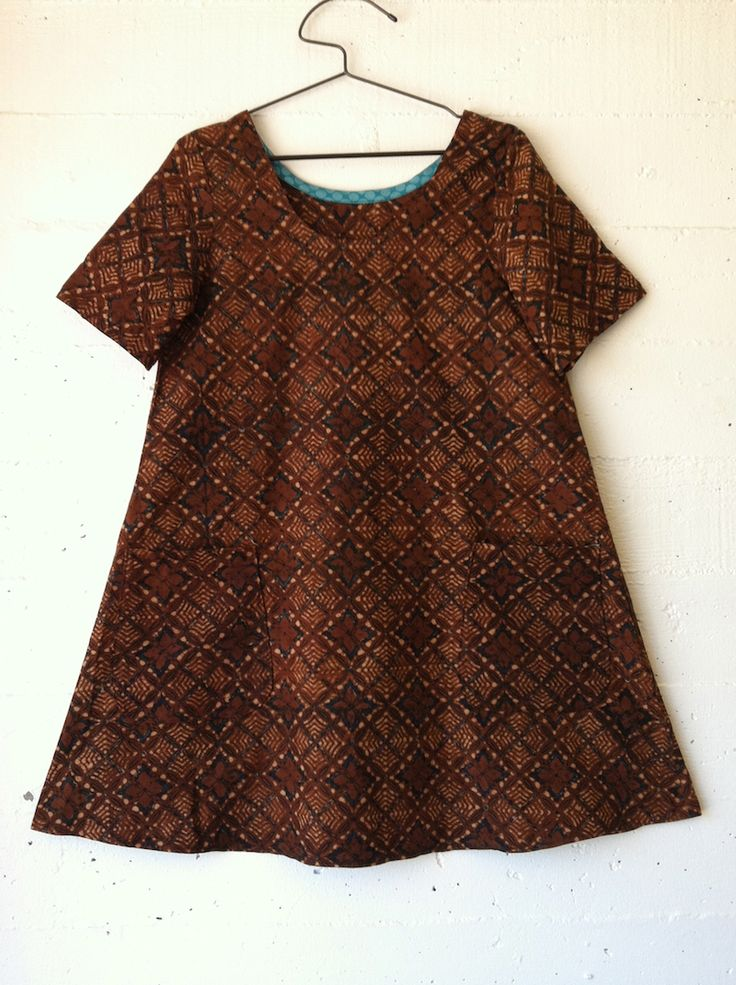Another gorgeous dress by Sonya Philip of the awesome project, 100 Acts of Sewing. (Made from vintage batik and Sonya's own pattern.)