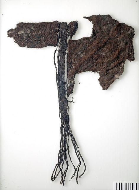 textile fragments from a grave find in Björkö (eg Birka), Sweden (Historiska museet)