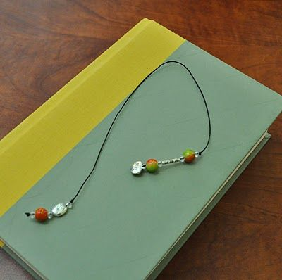 Design to Shine: Thrifty Gift for Anyone on Your List......DIY beaded book mark