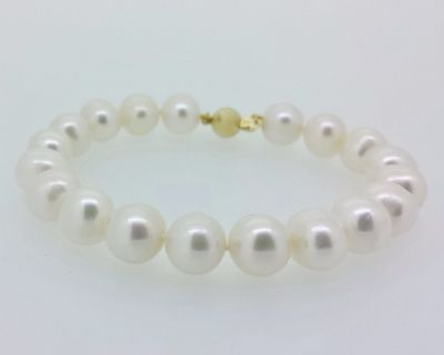 Bracelet - FRESHWATER PEARL - Adult - 9ct Gold Clasp