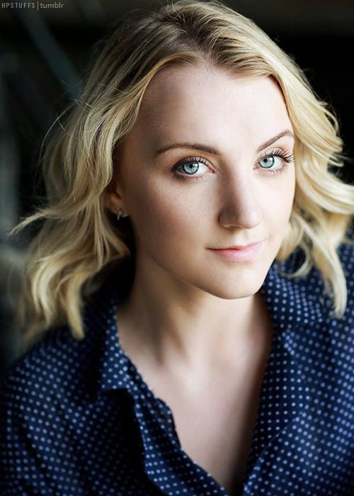 Evanna Lynch, my celebrity twin. If she is known for her long hair, I can have long hair, too :P