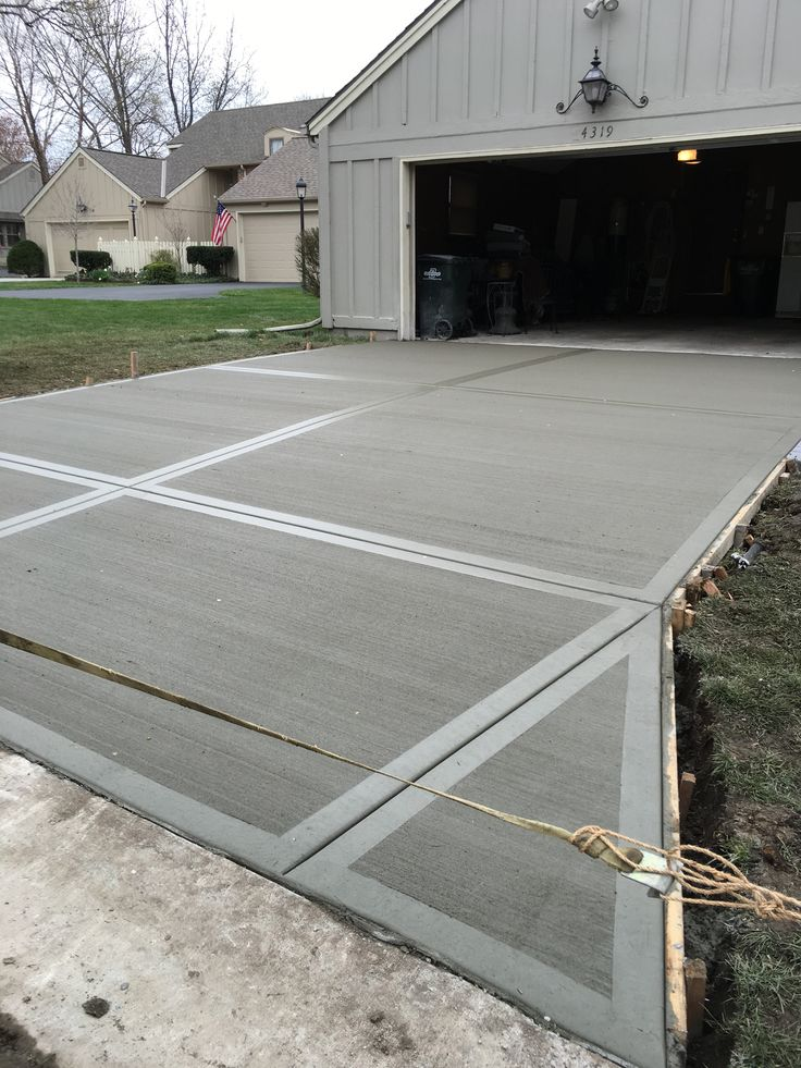 34 best backyard images on pinterest concrete driveways for Concrete driveway designs
