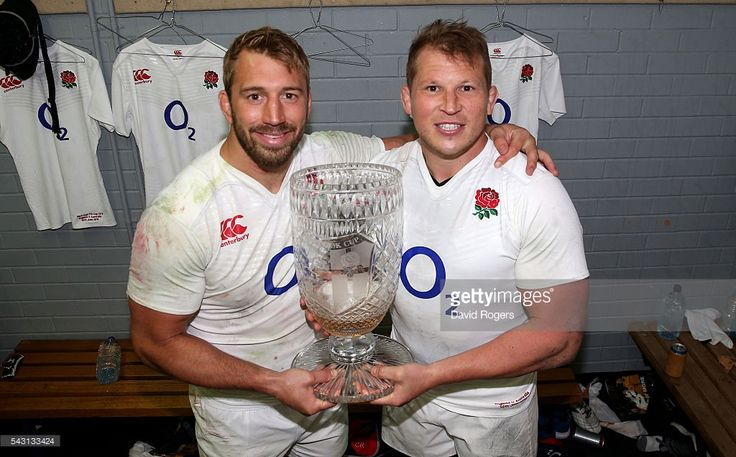 present-england-captain-dylan-hartley-and-former-england-captain-picture-id543133424 1,024×636 pixels