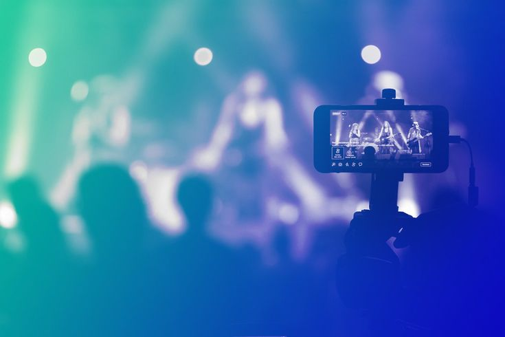 4 Social Media Platforms Perfect for Artists to Live Stream