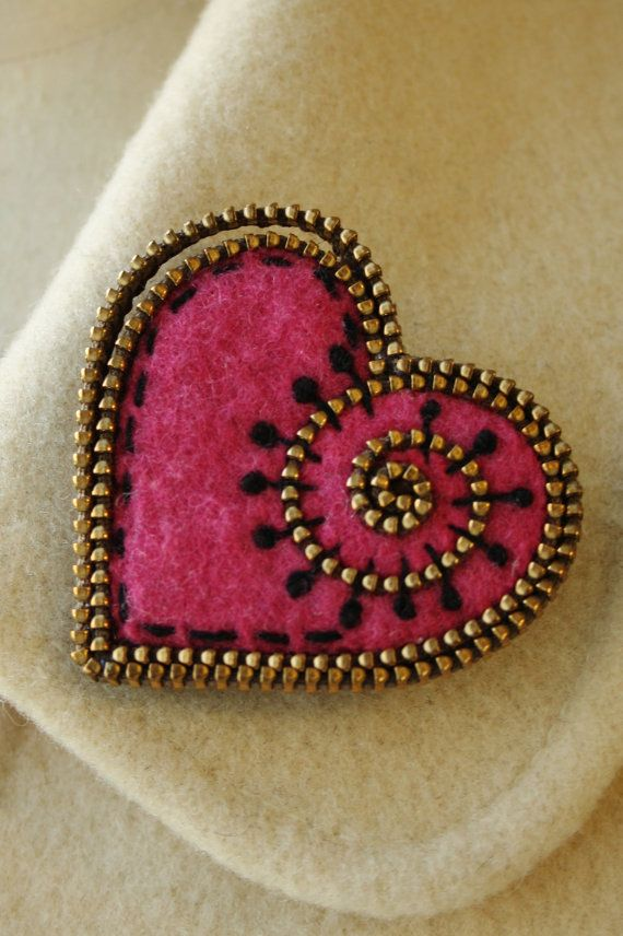 felt and zipper heart~~~ use beads for this look