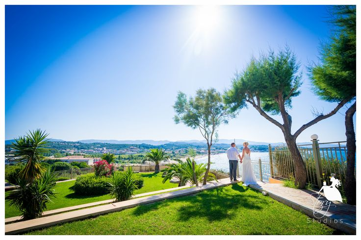 Breathtaking views from Tsilivi clifftop. Perfect for wedding photos!