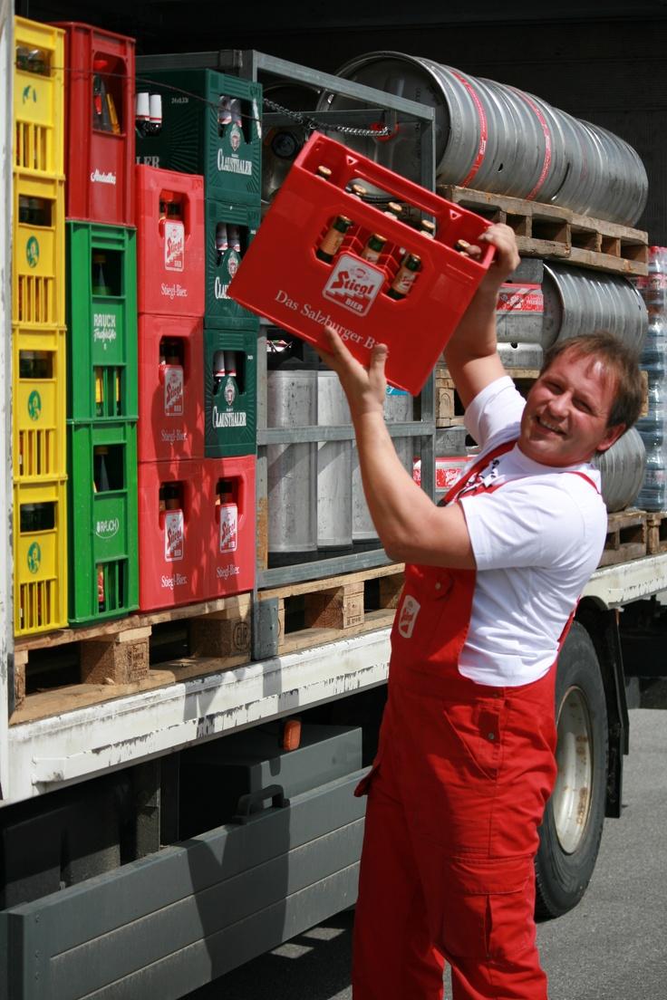 Unser Bierkutscher Franz Sigl bei der Arbeit