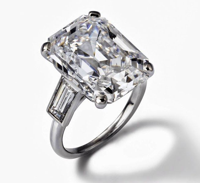 Grace Kelly's Cartier Engagement Ring - 1956 - Platinum, one emerald-cut diamond weighing 10.47 carats, two baguette-cut diamonds - The Princely Palace of Monaco
