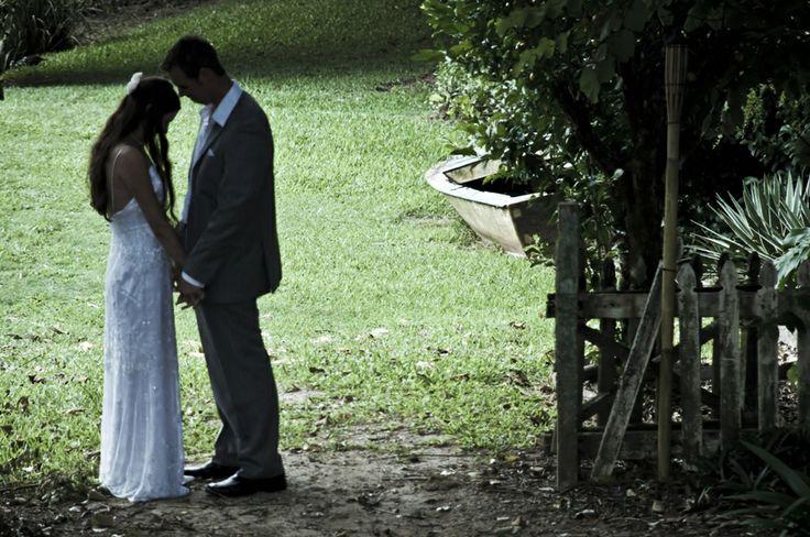 Garden Wedding Photo Idea. #wedding #love