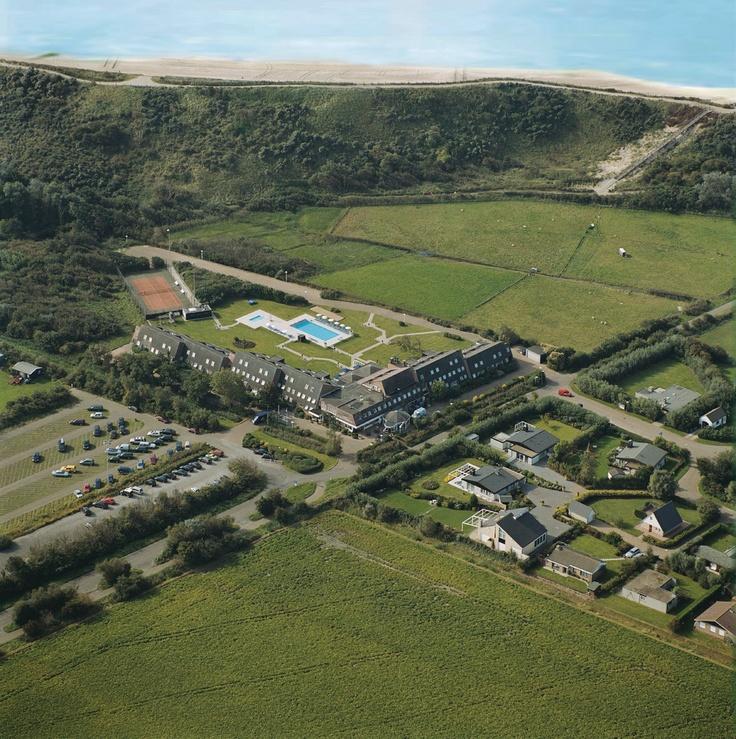 Beachhotel Zuiderduin vanuit de lucht - Westkapelle