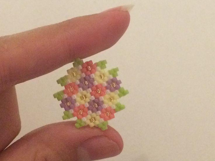 Tutoriel  Broche fleurie (augmentations a 2 & 3 perles)