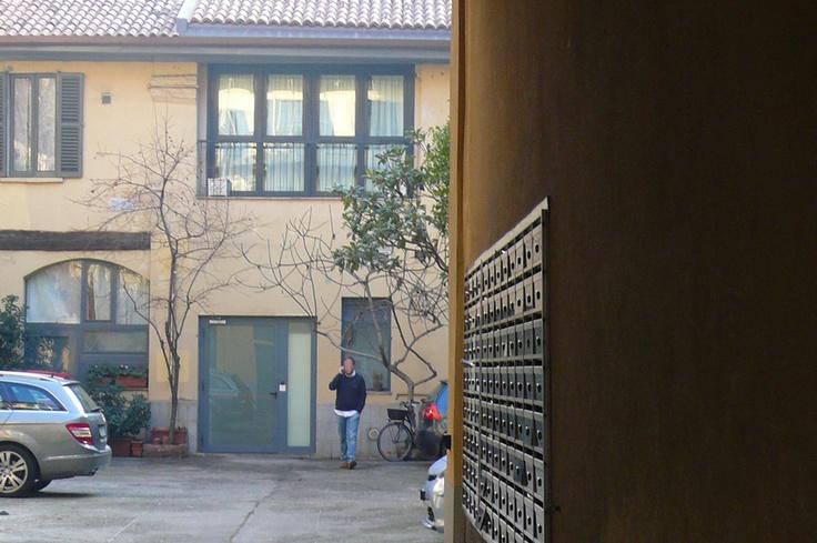Caccia al Tesoro Invaderstyle Indizio#10    Questo è il decimo indizio fotografico e raffigura l'interno di un cortile nei pressi del manifesto    Clicca qui per maggiori informazioni:  http://www.invaderstyle.com/dove-come-quando/caccia-al-tesoro/