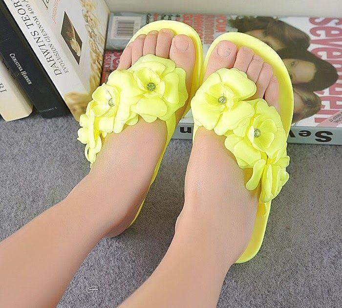 Discount !! VSEN Summer Sweet Girls Slippers Camellia Flower Women Sandals Flat …