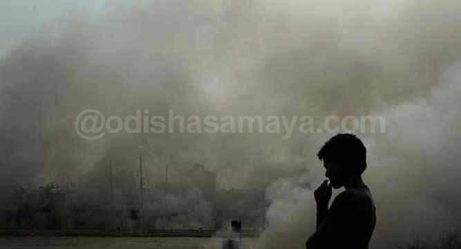 Living in Delhi is Like Living in a Gas Chamber: High Court - http://odishasamaya.com/news/india/living-in-delhi-is-like-living-in-a-gas-chamber-high-court/67619