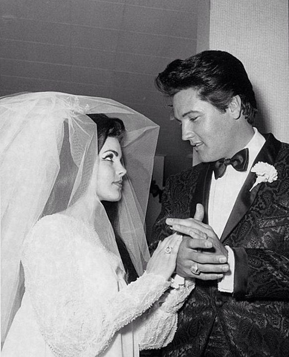 Elvis And Priscilla Wedding Kiss | www.pixshark.com ...