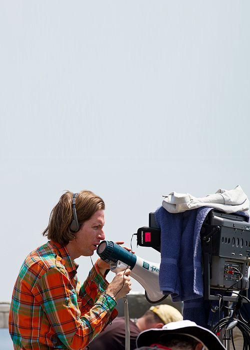 Wes Anderson behind the scenes ofMoonrise Kingdom(2012)