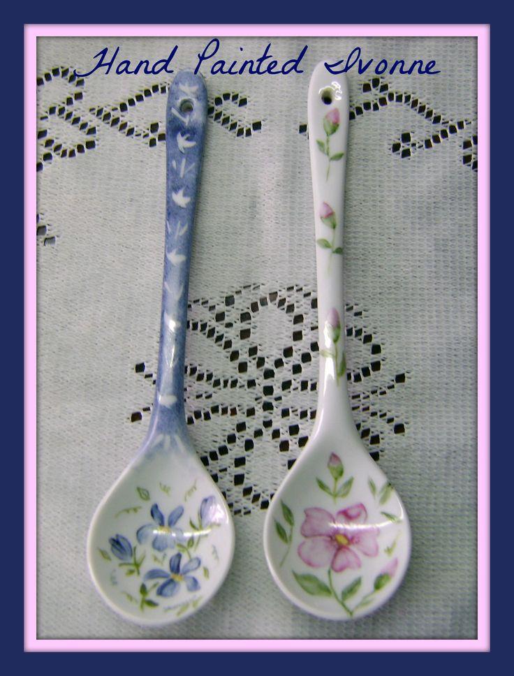 Porcelain spoons, Hand painted. Porcelaine Cuillers peinte. Cucharas de porcelana pintada a mano.