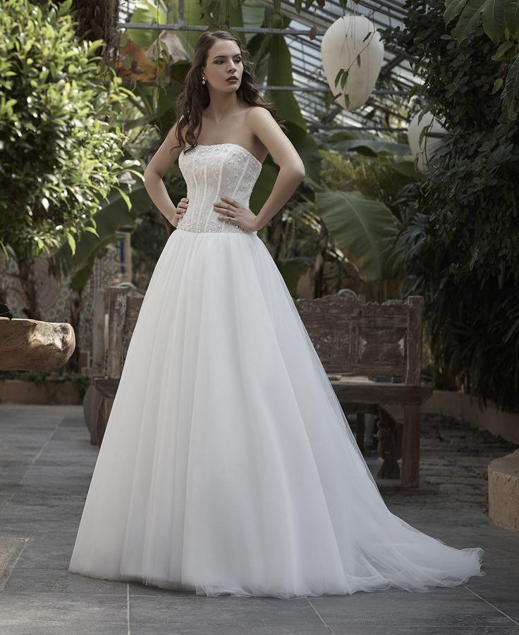 Mysecret Sposa Collezione Zaffiro Cod. 17123  #mysecretsposa #sposa #collezionesposa #abitidasposa #wedding #weddingdress #bride #abitobianco