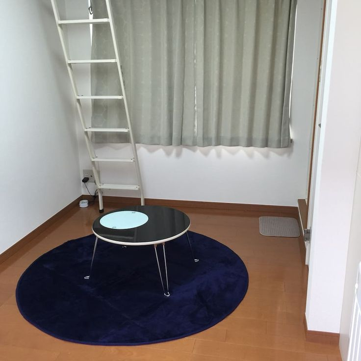 Appartement à Nakano, Japon. This is located in quiet residential area at NUMABUKURO, TOKYO. Convenient access to SHINJUK (10min by train) and NAKANO (10min by bus) .