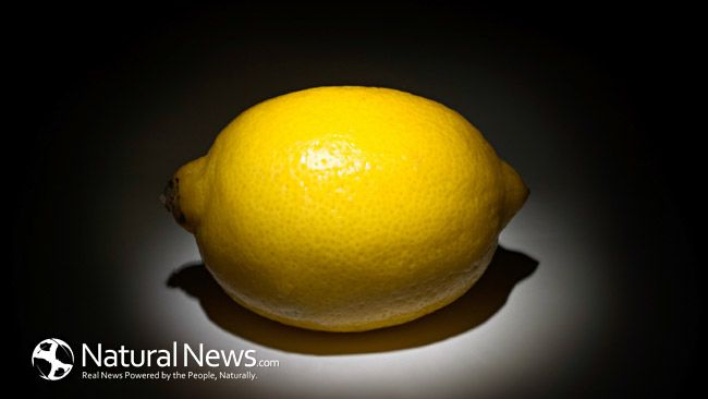 Baking Soda & Lemon: A Powerful Healing Combination for Your Health. Lemons and baking soda, taken by themselves, bring you a wealth of benefits. When taken in combination with one another, they really help to detoxify and alkalize your body.