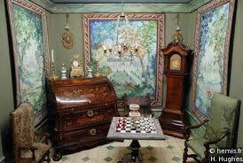 mobili in miniatura antichi - piccoli mobili ed arazzi