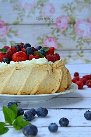 Tort bezowy - tort Pavlovej
